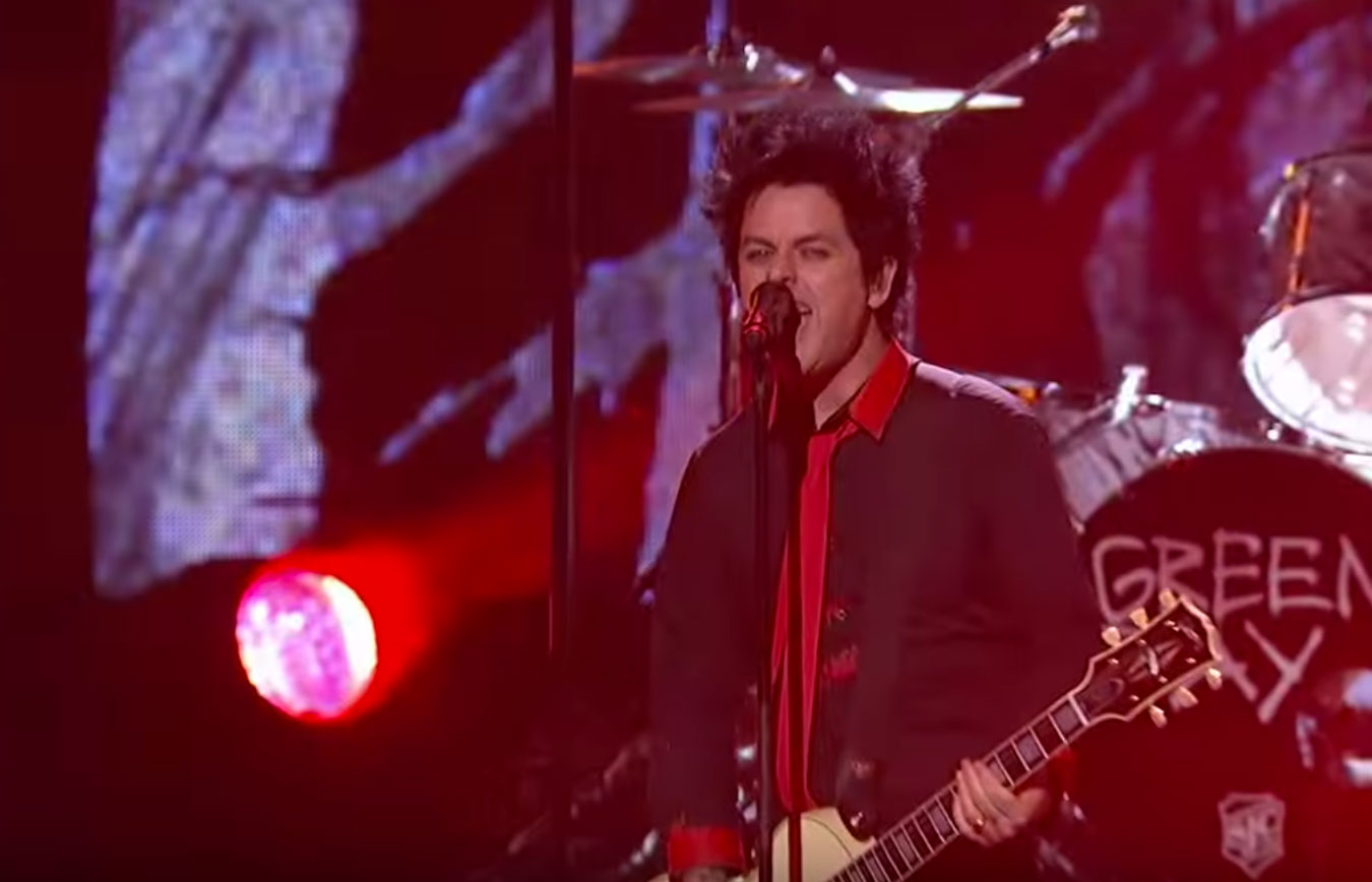 Green Day's Billy Joe Armstrong pictured at the 2016 American Music Awards. Screenshot/YouTube