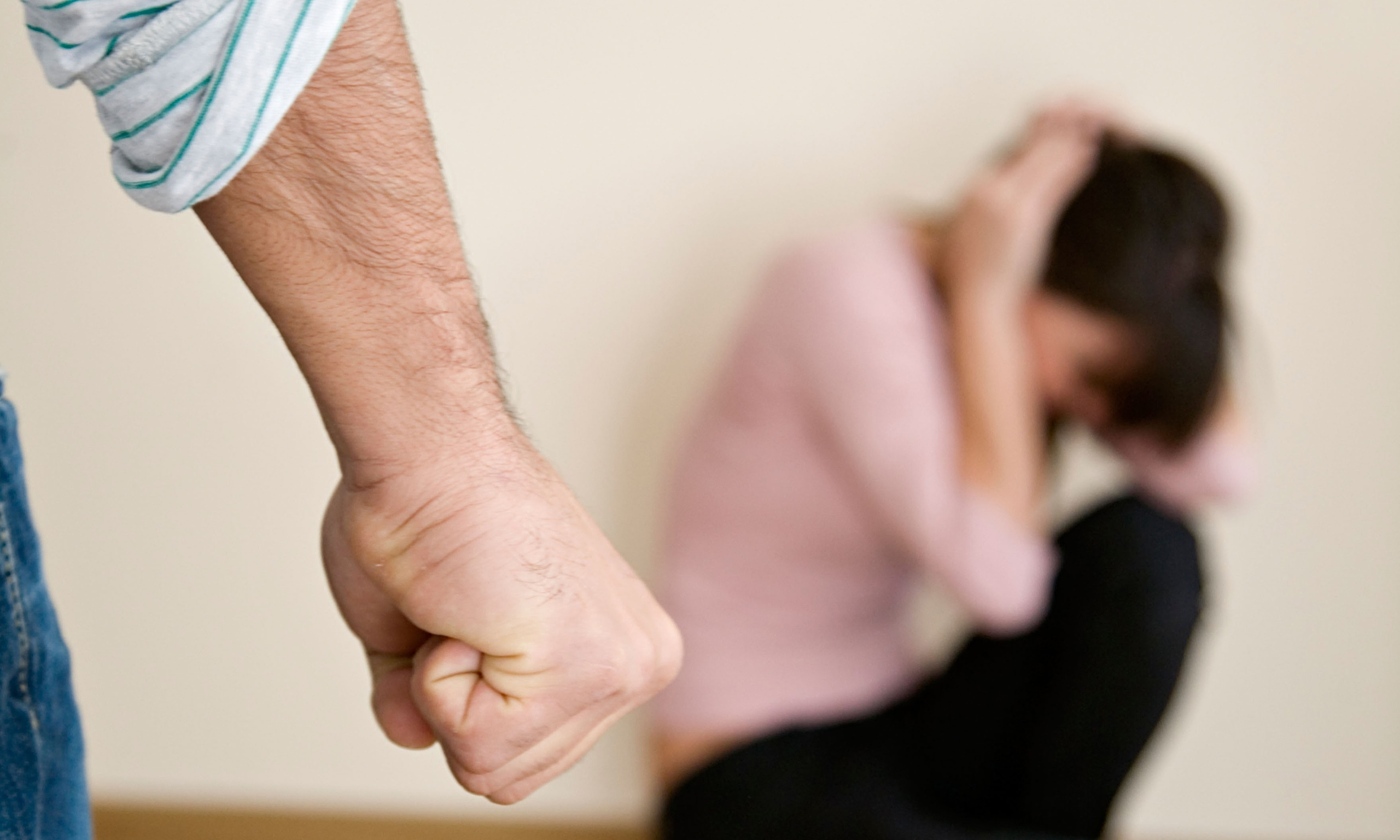 how to protect yourself from domestic violence
