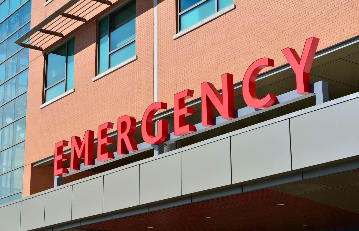 Hospital emergency sign. Photo: Pixabey/Pexels