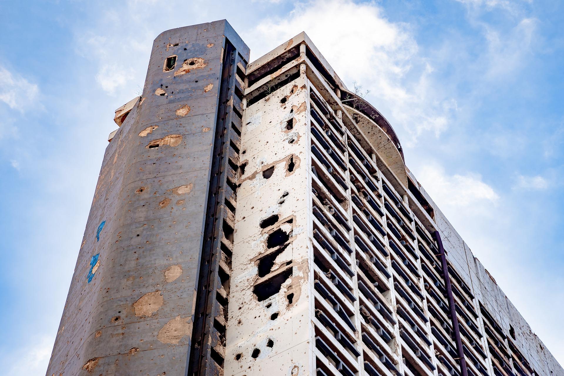 Building in Beirut (djedj/Pixabay)